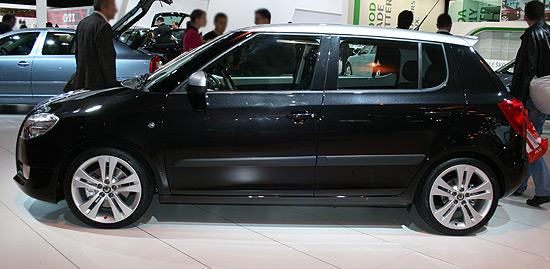 http://www.salon-auto.eu/mondial-auto-2008/wp-content/skoda-fabia-1.jpg