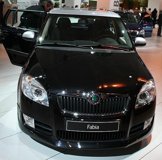 http://www.salon-auto.eu/mondial-auto-2008/wp-content/skoda-fabia-2.jpg
