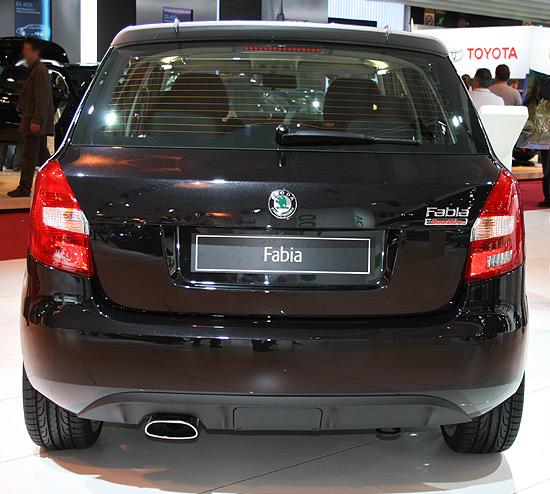 http://www.salon-auto.eu/mondial-auto-2008/wp-content/skoda-fabia-3.jpg