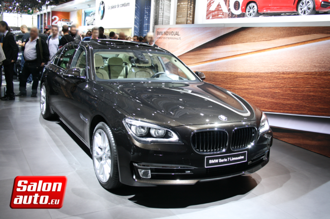 bmw s rie 7 limousine mondial de l 39 auto 2014. Black Bedroom Furniture Sets. Home Design Ideas